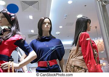 drei, mannequins, in, kaufmannsladen