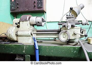 drejebænk, maskine, ind, en, værksted