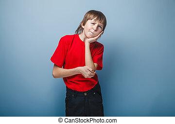dreng, adolescent, europæisk, tilsynekomst, rummer, en, hånd på, den, kind, på, en
