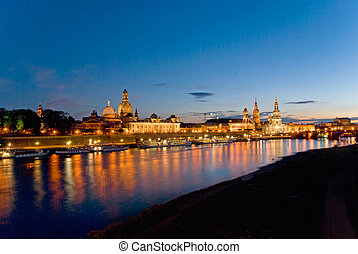 dresden frauenkirche sunset - dresden skyline at night with...