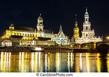 \Dresden in night