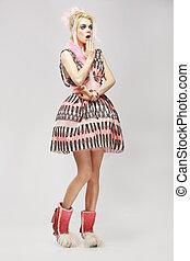 dress., 変人, 女, 最新流行である, 驚き, ファッション, style., 驚かされる
