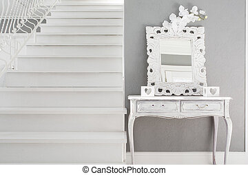 Dressing table - Picture of vinatge style dressig table