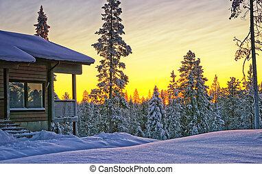 drewniany domek, dom, na, zima, zachód słońca