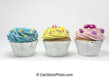 drie, cupcakes, in een rij