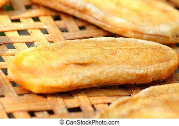 Dried bananas