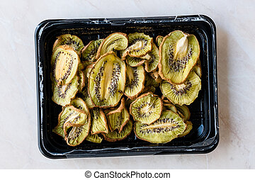 Dried Kiwi Slices / Organic Dry Fruit in Plastic Box / Container Package.
