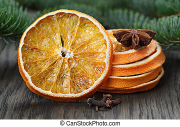 dried orange slices with anise star