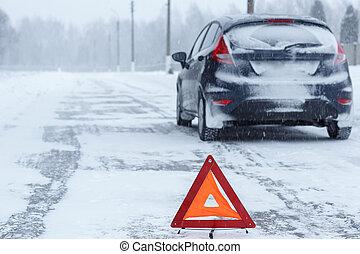 driehoek, winter, auto, dons, kapot, waarschuwend, closeup, rood
