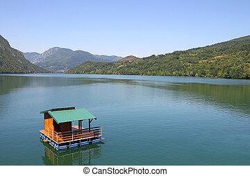 drina, drewniany dom, serbia, ruchomy, rzeka