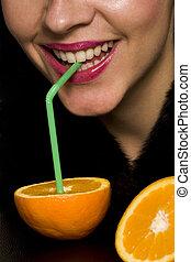 Drinking-an-orange