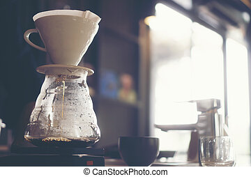 drip coffee, filter coffee in cafe