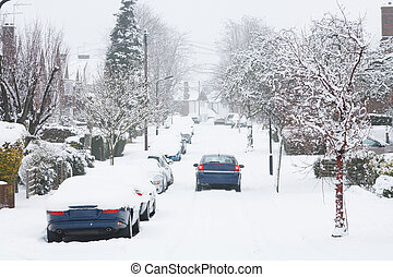 Driving in snow - Dangerous driving conditions after...