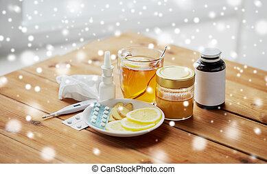 drogen, thermometer, honig, und, tasse tee, auf, holz