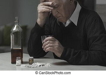 drogok, alkalmaz, özvegyember, alkohol
