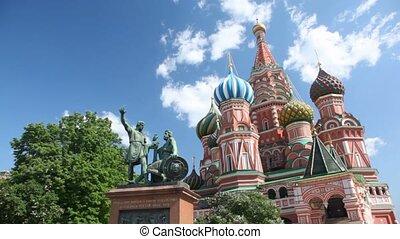 droit, minin, statue, moscou, basil's, carrée, bronze, saint, monument, devant, cathédrale, pozharsky, rouges