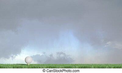 droit, mouvement, cutted, vert, puits, ciel, gauche, nuageux, directement, balle, golf