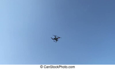 dron flying in sky and landing video
