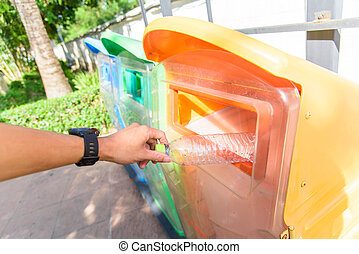 Drop the plastic bottle to Outdoor trashcan /colorful outdoor bin