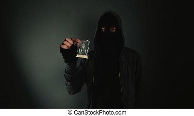 Drug dealer offering heroin