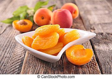 dry apricot