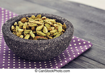 Dry cardamom seeds