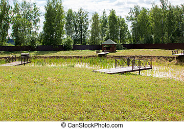 dry pond with berths in park