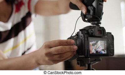 Dslr Camera For Woman Recording Vlog and Tutorial - Black...
