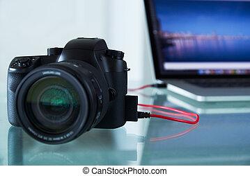 dslr, kabel, foto, laptop-computer, angebunden, fotoapperat...