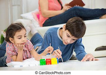 duas crianças, quadro, com, coloridos, tintas, casa