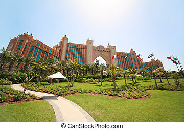 DUBAI - APRIL 19: luxury hotel Atlantis - best vacation, 19...