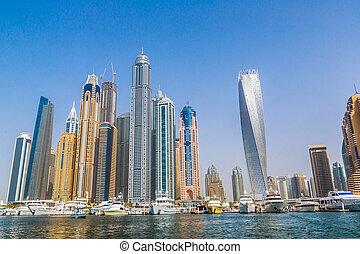 Dubai Marina cityscape, UAE - DUBAI, UAE - NOVEMBER 13: ...