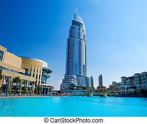 DUBAI, UAE - NOVEMBER 29: Address Hotel and Lake Burj Dubai ...