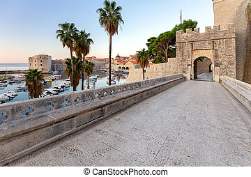 Dubrovnik. Old city gate. - Old stone city gate and ...