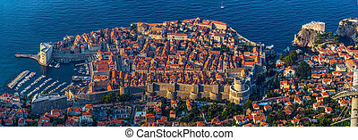 Dubrovnik old town - Early morning sunrise - panorama with ...