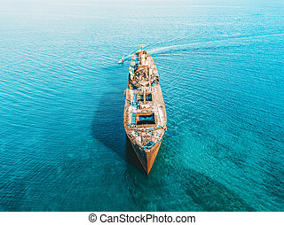 duch, antena, katastrofa morska, truteń, stary, statek, prospekt