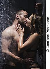 ducha, besar, pareja, debajo