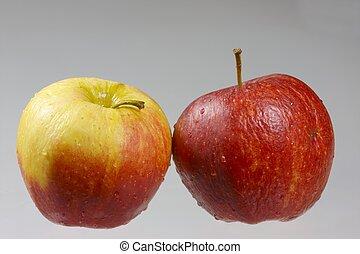 due, mele