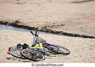 due, vecchio, biciclette, su, il, spiaggia.