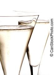 due, vetri champagne, primo piano