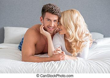 dulce, joven, blanco, pareja, mentira en cama