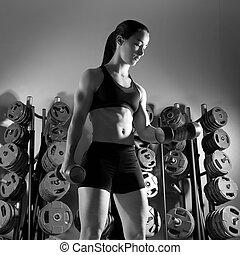 dumbbell, 婦女, 測驗, 健身, 在, 體操
