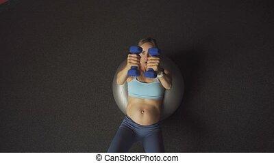 dumbbells, exercices, fitness, femmes enceintes, femme, concept., ball., pilates