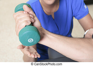 dumbell, hombres, fisioterapia