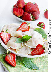 dumplings with sour cream