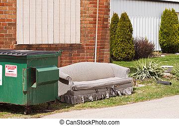 dumpster, ソファー