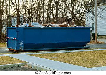 dumpsters, フルである, ごみ, 上に, 手形, 流れること