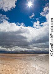 dunas, praia, nuvens brancas, céu azul, fundo