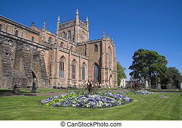 Dunfermline Abbey, Scotland - Dunfermline Abbey with a...