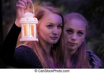 dunkel, m�dchen, lampe, zwei, hübsch